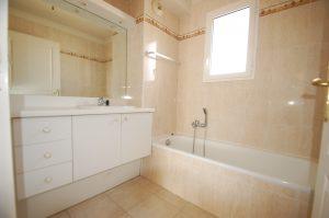 Nice Chambrun – Beautiful 2 Bedrooms Apartment 76 sqm Sea View