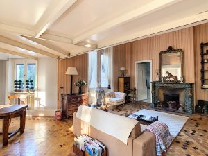 Nice Gairaut – Your appartment for a castle life style