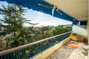 Nice Lower Cimiez – 2 Bedrooms Apartment 81 sqm Sea View