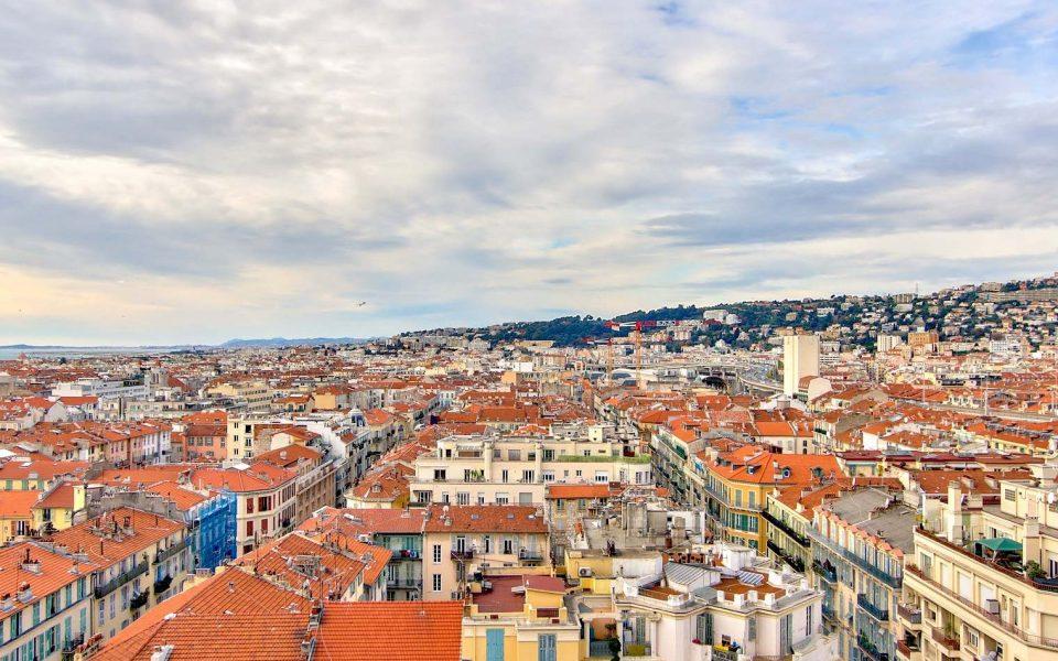 Nizza – Un grande appartamento di 4 locali, tutta la maestosità del Majestic, una vista mozzafiato. : photo 3