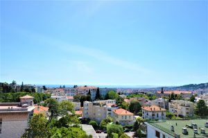 Nice Cimiez – Rare – Gorgeous 155 sqm Apartment in bourgeois palace