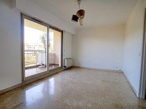 Alture di Cimiez – Studio vuoto di 32 m2 di terrazza