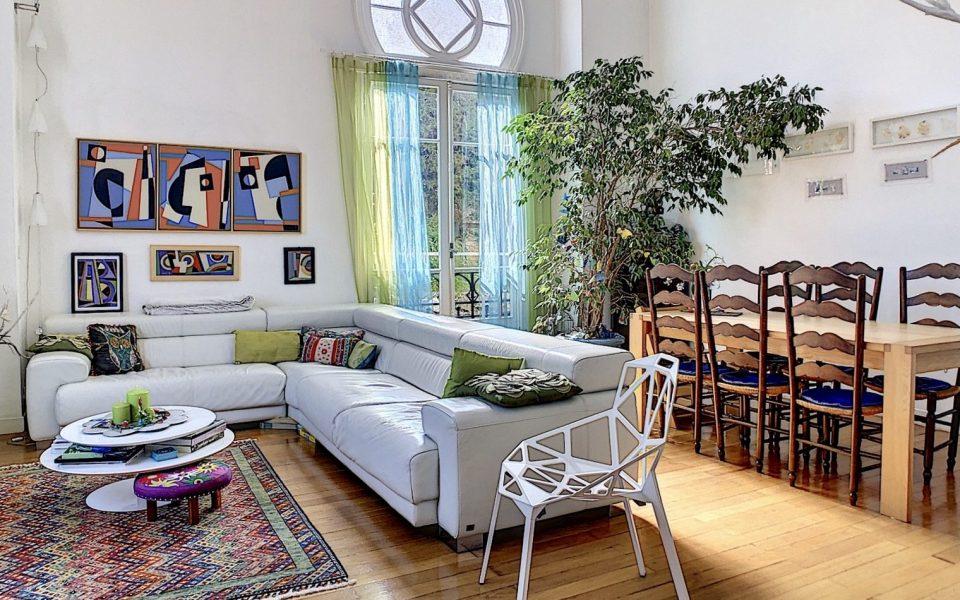 """Nizza Cimiez – """"Duplex de charme"""" di 135 m2 in una residenza neomorfa del XIX secolo. : photo 3"""