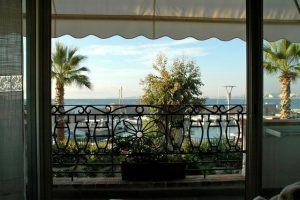 Cagnes sur mer – Property facing the port 400 m2 and land 1000m2
