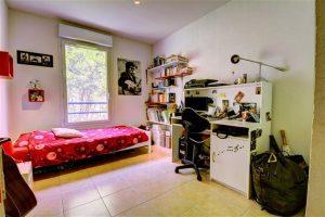 Nice Nord – Grand 5 pièces de 117 m² en étage élevé