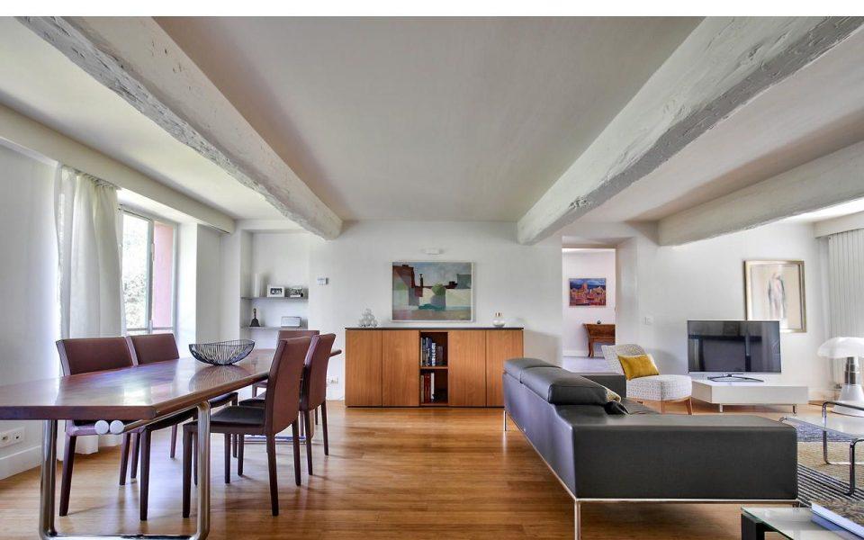 Rimiez – Saint Colette: Grande villa di  320 m² con dépendances  in zona tranquilla, charme autentico