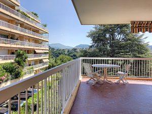 Nice Chambrun – Beau 3 pièces 92 m2 vue mer dans résidence avec piscine