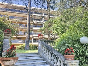 Coeur Cimiez – One Bedroom Apartment with Garden in a Luxury Residence with Swimming Pool
