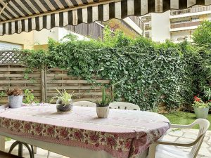 Nice Cimiez – 5 rooms in a quiet area in a secured residence with swimming pool
