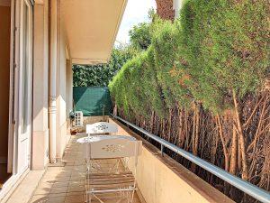 Nice Cimiez – Apartment 2 bedrooms 72 sqm in front of the Hotel Regina