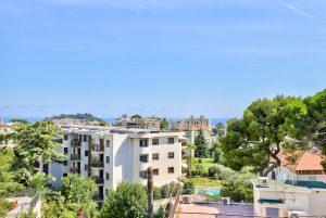 Nice Cimiez – 3 pièces 68m2 dernier étage vue mer