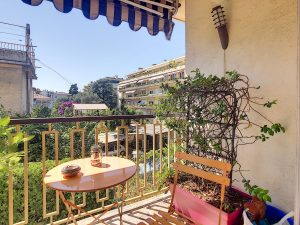 Nice Haut Cimiez – Beautiful One Bedroom Apartment 48 sqm with Parking lot