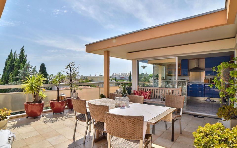 Nice Cimiez- Rare – Superbe toit-terrasse 199 m2 dans un environnement privilégié : photo 2