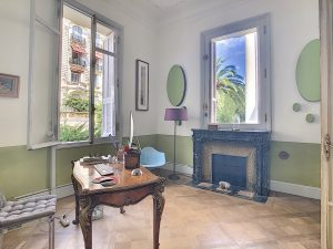 A unique, special, charming flat in Cimiez with private swimming pool and garden