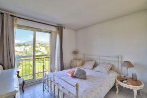 Vence – Grazioso appartamento di 3 locali di 73 m² all'ultimo piano con terrazza