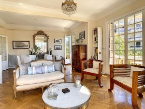Nice Bas Cimiez – Your large 3 rooms Belle Époque in a charming mansion house