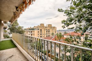 Nice Lower Cimiez – Beautiful One bedroom 64 sqm with terrace on high floor