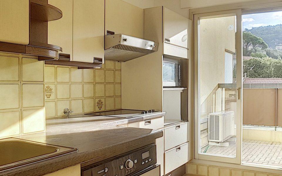 Port de Nice – Appartamento di 3 locali con garage e terrazza : photo 3