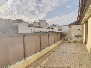 Port de Nice – Appartamento di 3 locali con garage e terrazza
