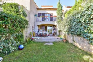 Nice Gairaut – House 2 Bedrooms 63 sqm in park with swimming pool