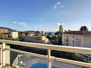 Nice Cimiez – Superb 3 Bedrooms Duplex 117 sqm in Residence With Swimming Pool