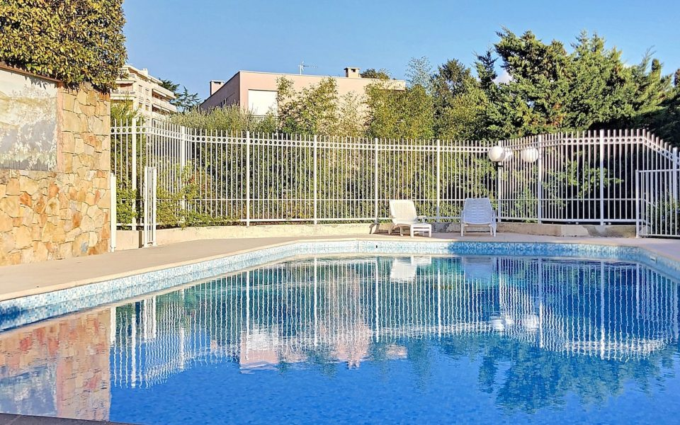 Nice Cimiez – Superb 3 Bedrooms Duplex 117 sqm in Residence With Swimming Pool : photo 3