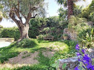 Nice Gairaut – Individual House 240 sqm Swimming Pool and Garden