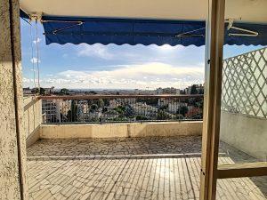 Cimiez George V vaste 2 Pièces de  70 m²  avec terrasse vue mer