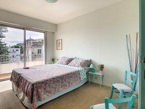 Tzarevitch district – Bright 1 Bedroom Flat on the top floor