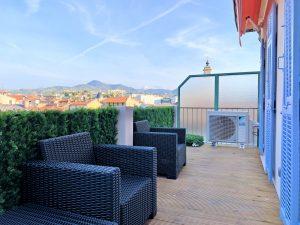 Vieux Nice – En plein centre ville beau 3 pièces avec terrasse au calme