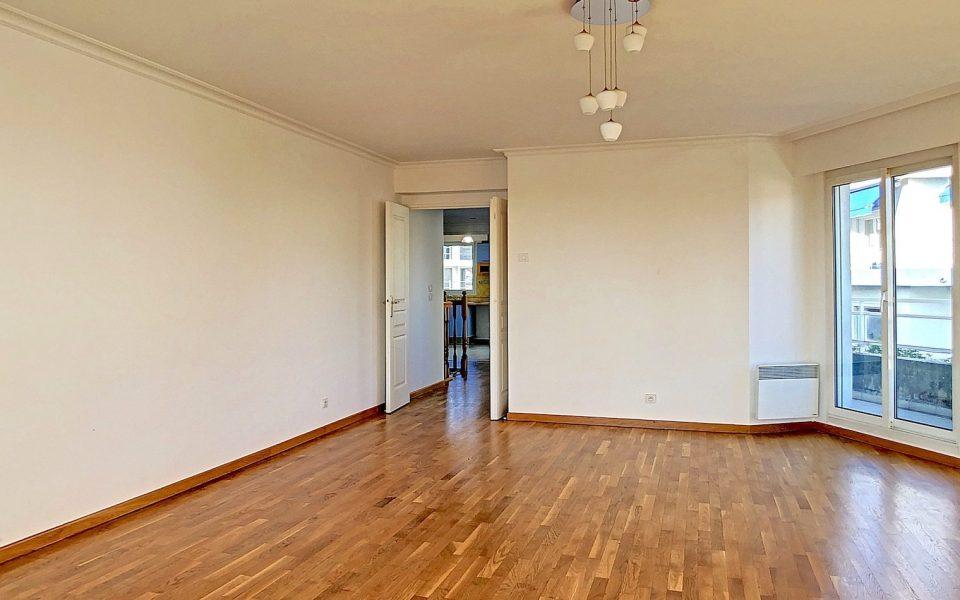 Nice Cimiez – Superbe duplex 4 Pièces 117 m²  dans belle résidence avec piscine : photo 3
