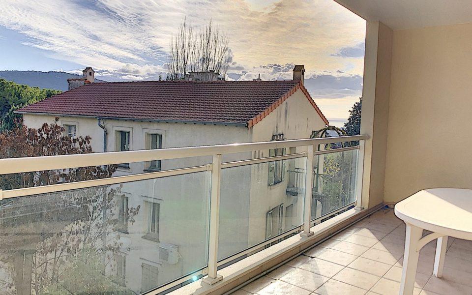 Nice Cimiez – Vasto 3 Camere in una rinomata residenza con piscina : photo 3