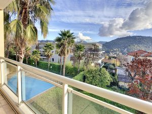 Nice Cimiez – Large 2 Bedrooms Apartment in a Renowned Residence With Swimming Pool