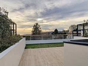 Magnificent 3-room flat with 2 large terraces facing south in Cimiez