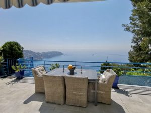 Exceptional sea views at the gates of Monaco, 2 bedrooms 2 baths + guest house