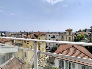 Nice ouest – Coquet studio vue mer et ville – Idéal investisseurs