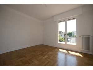 Appartment  1 Room 67 m²  to rent