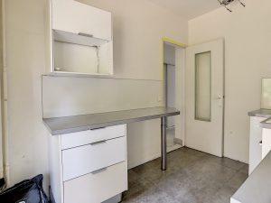 Appartamento di 3 locali immerso in un parco alberato in vendita
