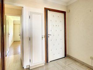 Appartement  3 Pièces 73 m² en étage élevé avec vue mer exceptionnelle