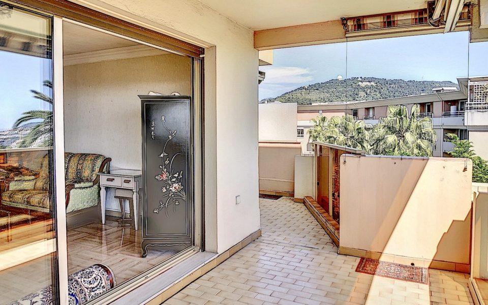 Appartement  3 Pièces 73 m² en étage élevé avec vue mer exceptionnelle : photo 2