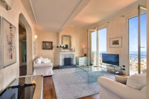 Beausoleil – 3 Bedrooms Furnished Apartment with Sea View