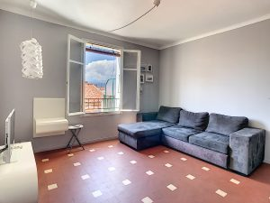 Vieux-Nice – Studio meublé 29 m² – Balcon et vue dégagée