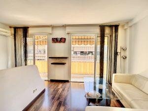 Nice Nord Beau studio 28m2 vendu loué dans résidence proche commodités