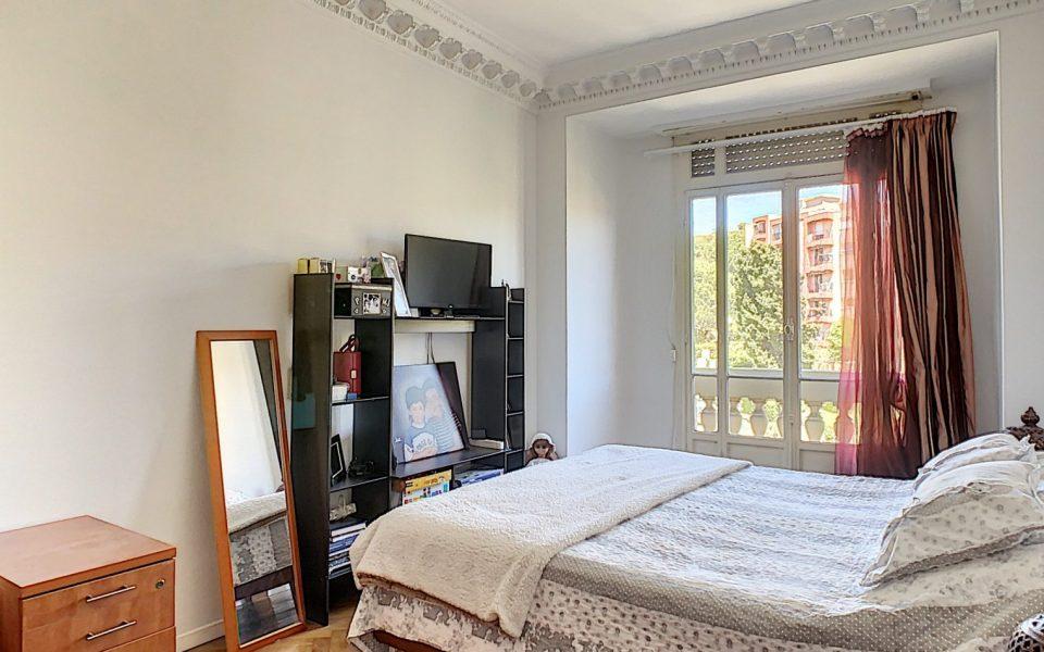 Nizza Cimiez – Affascinante 3 stanze 74m2 : photo 3